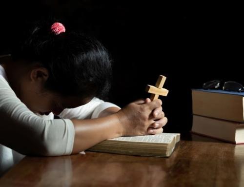 """""""Senhor, eu vos chamo, vinde logo em meu socorro"""" (Sl. 140,1)"""